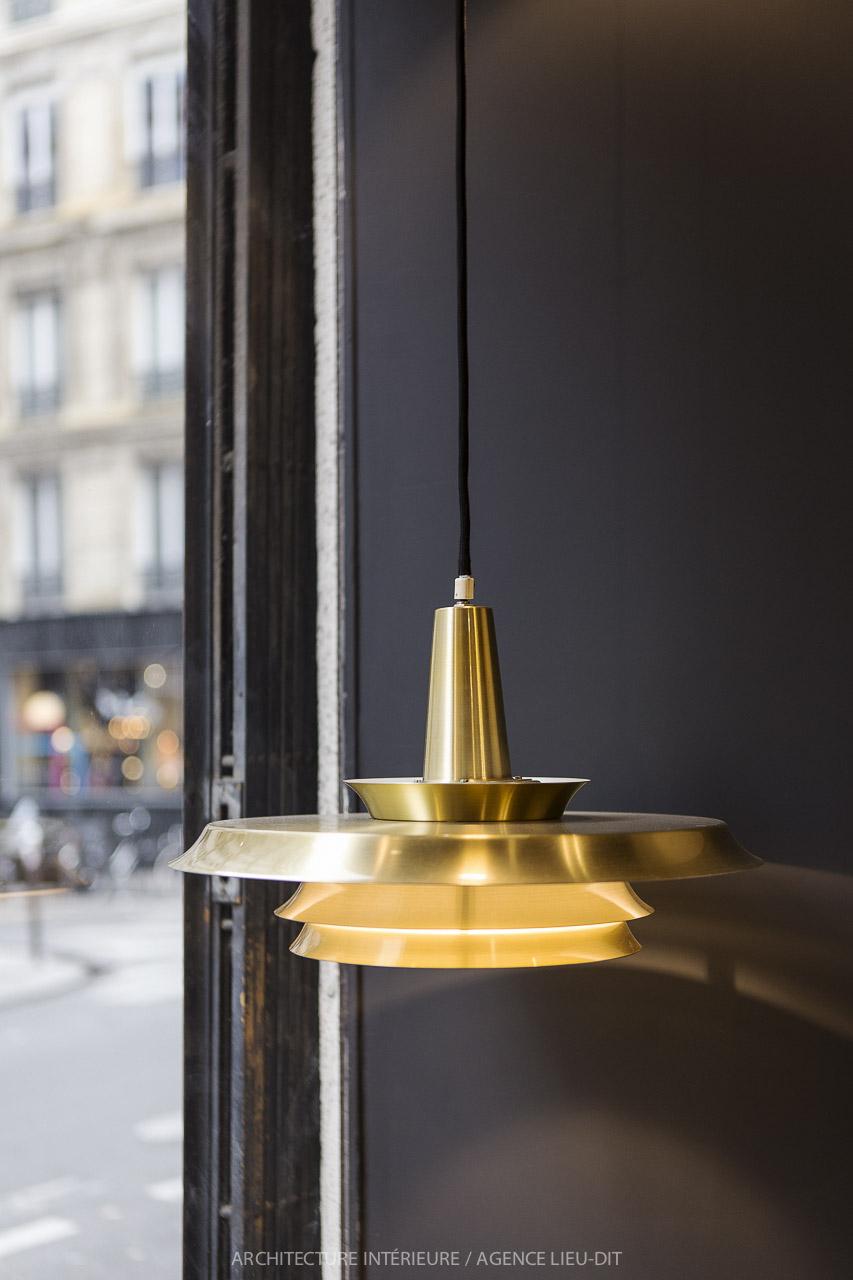 La Fée maraboutée Paris 17eme